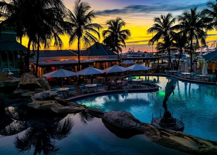 Dante's Key West Pool Bar & Restaurant – Become an Aquaholic!